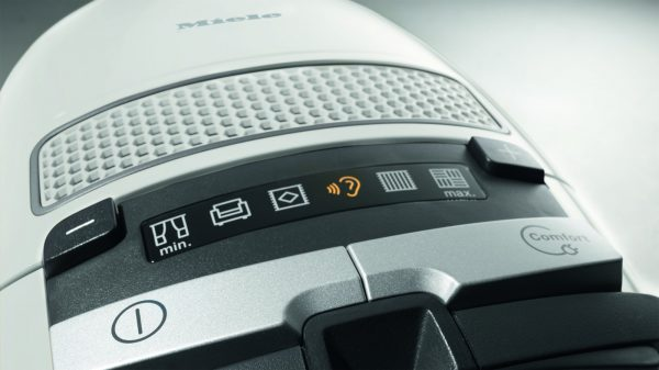 Miele Complete C3 Excellence Vacuum controls