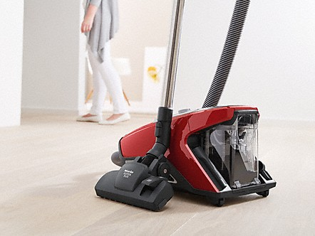 Park system for pauses while vacuuming